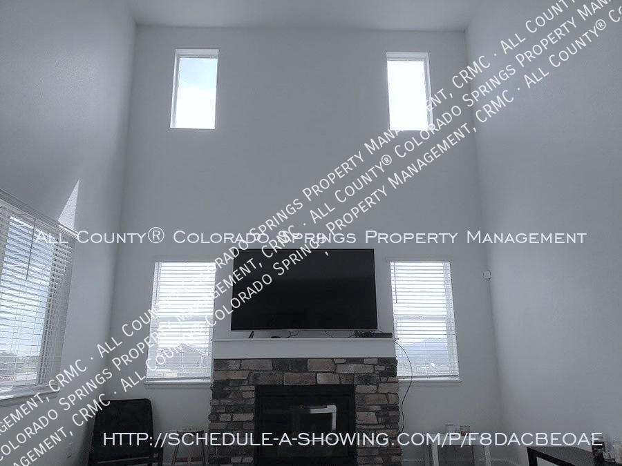 3 bedroom monument town home for rent near us air force academy 2