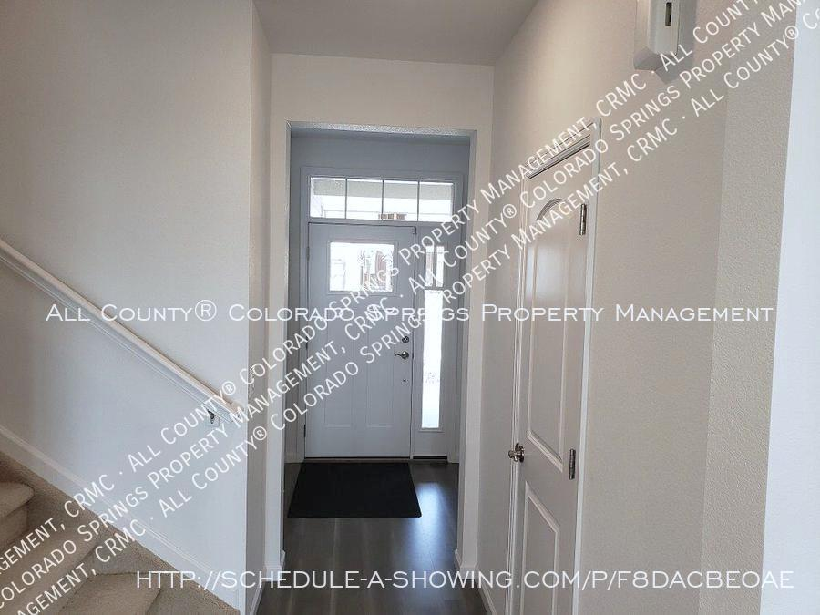 3 bedroom monument town home for rent near us air force academy 7