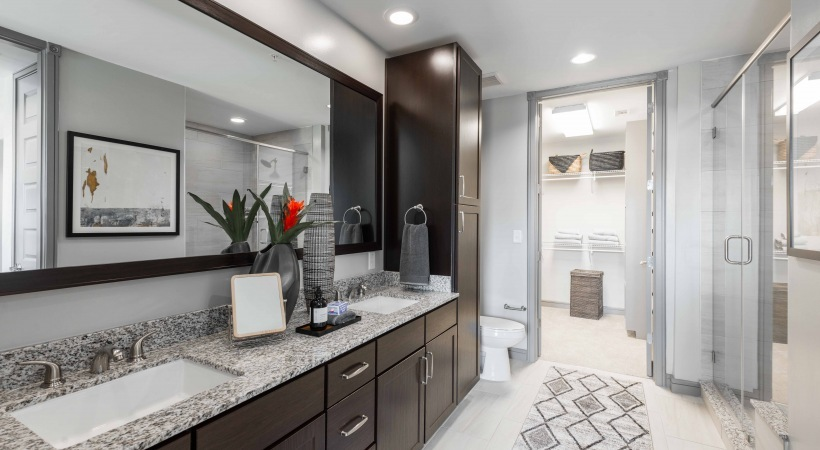 Mcadams bathroom21