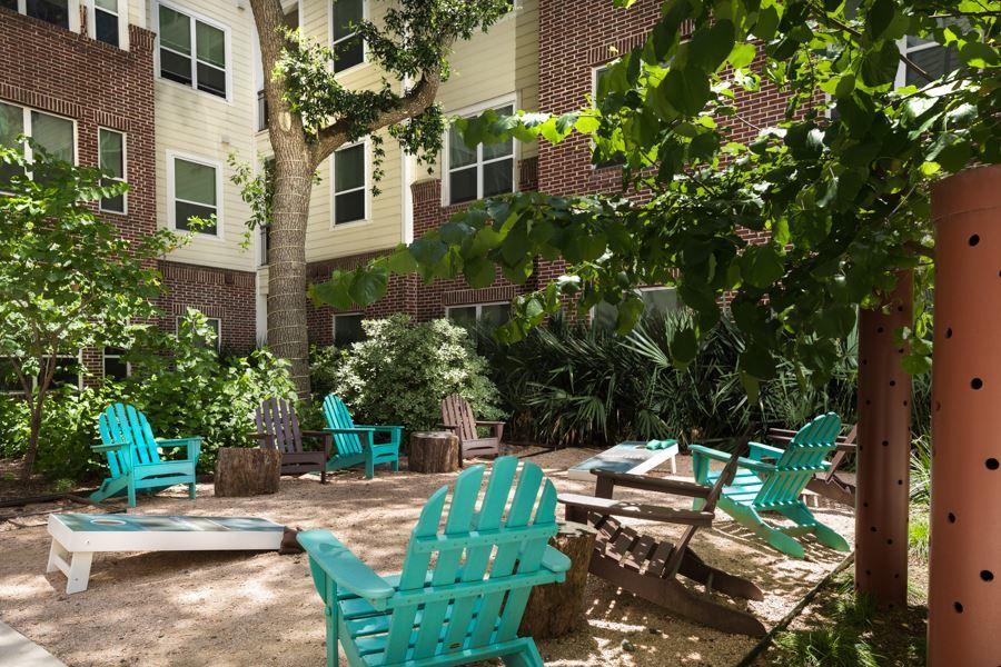 Districtatgreenbriar courtyard hires 06