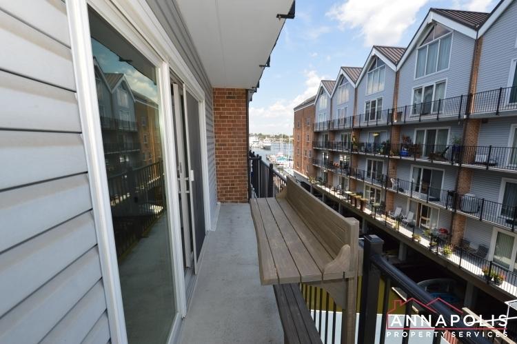 312-severn-ave--301-id1114-balcony-a