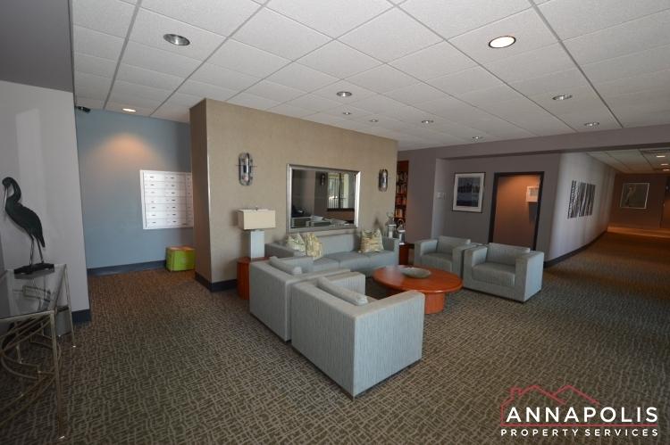 312-severn-ave--301-id1114-community-lounge-area