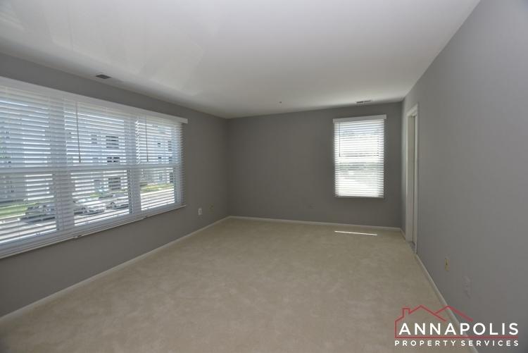 50e-greystone-court-id1115-master-bedroom-a