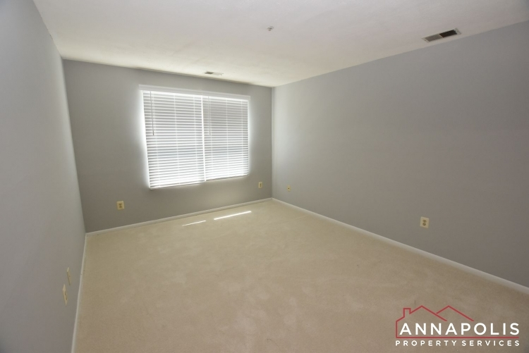 50e-greystone-court-id1115-bedroom-2a