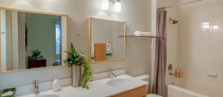 6 post south lamar 2br model phase 1 bathroom 1200x525 min