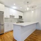 2 2900wloganboulevard304 5 kitchen lowres