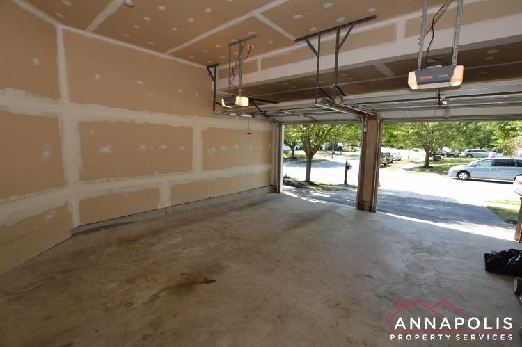 122 farmbrook lane id1116 garage a