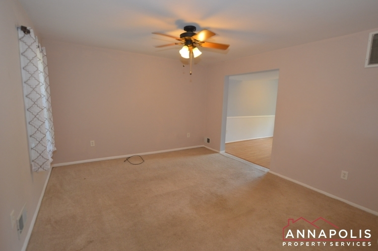 3 georgetown court id1117 living room c