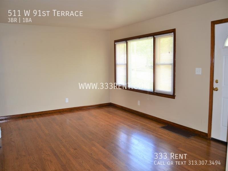2front room 2