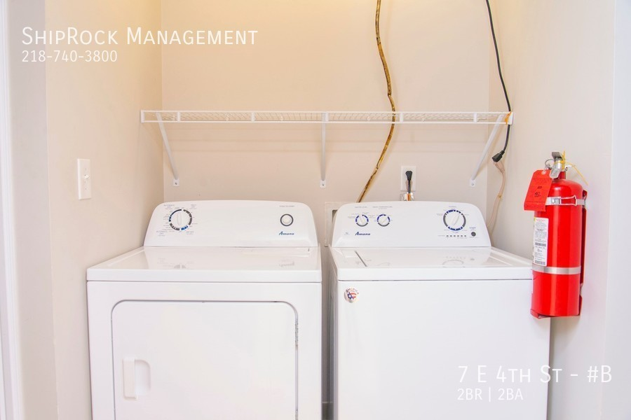 Lakeview condos 7b laundry