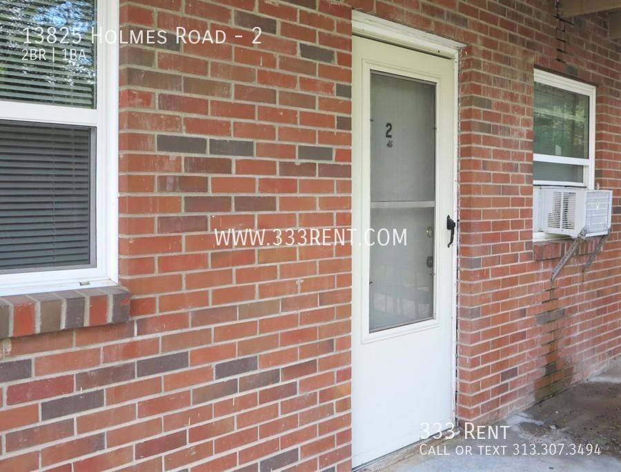 1front door with storm door
