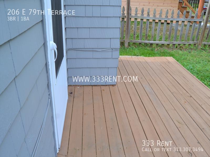 8back porch