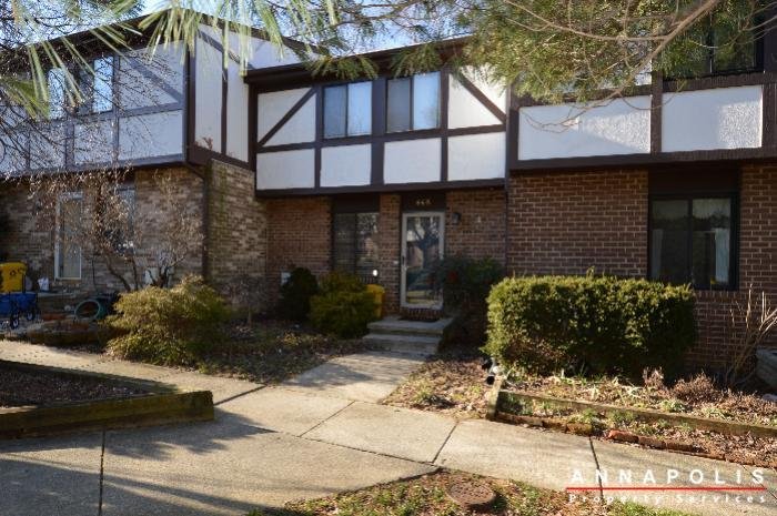 448-knottwood-court-id695-front-b