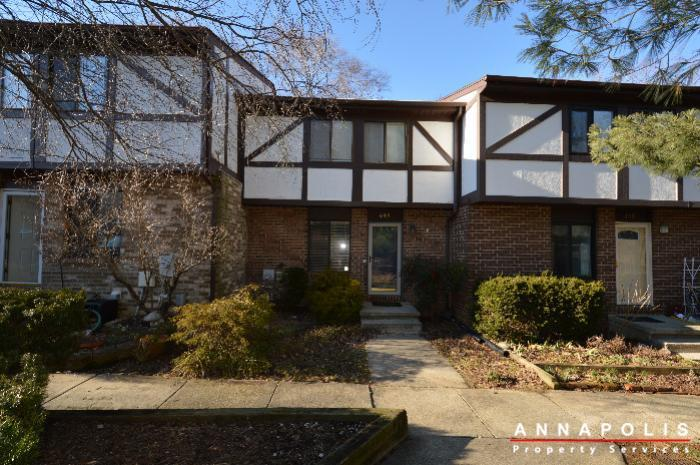 448-knottwood-court-id695-front-a