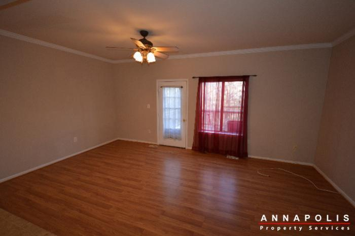448-knottwood-court-id695-living-b