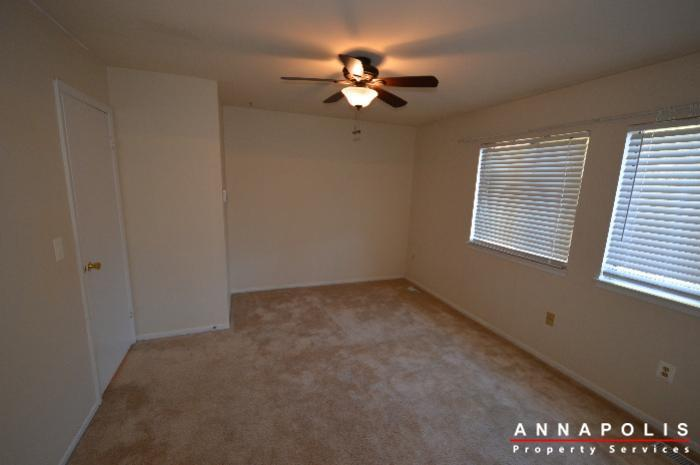 448-knottwood-court-id695-master-bed-a