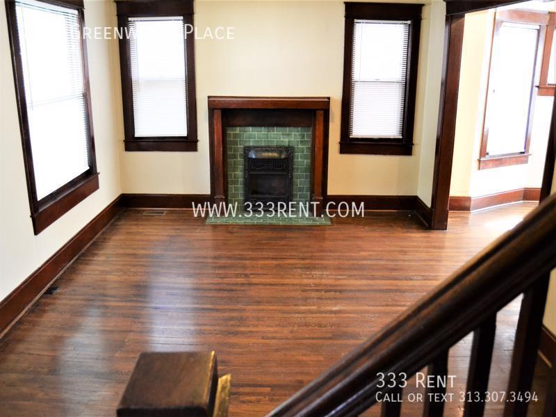 3view of front room