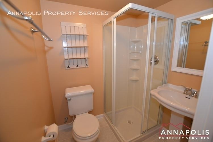 902 bank st id1128 lower bath