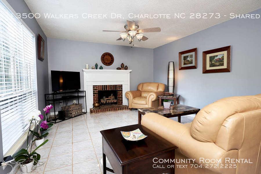 Living room walkers creek orig