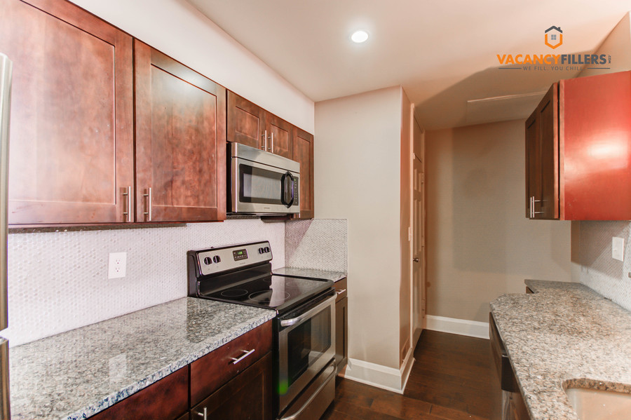 Apartments for rent baltimore %2849%29