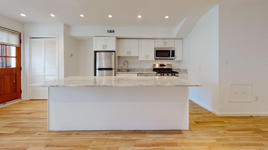 1211 s st kitchen