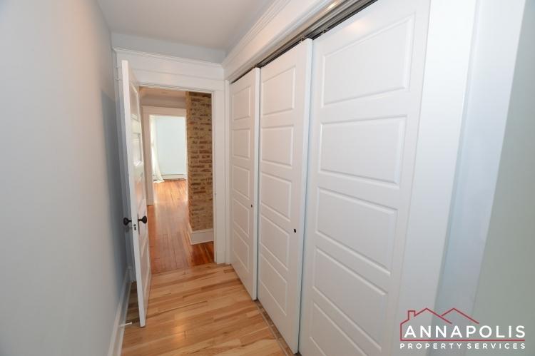 6 revell st id1130 master closet
