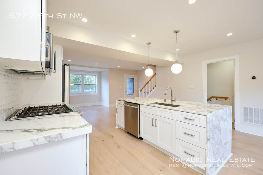 5727 6th st nw 20 10 20 17521