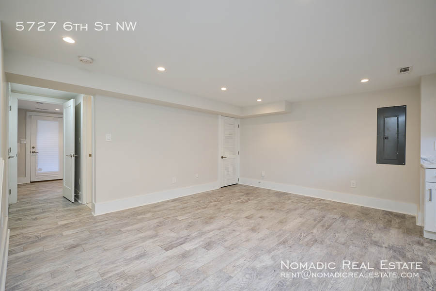5727 6th st nw 20 10 20 17547