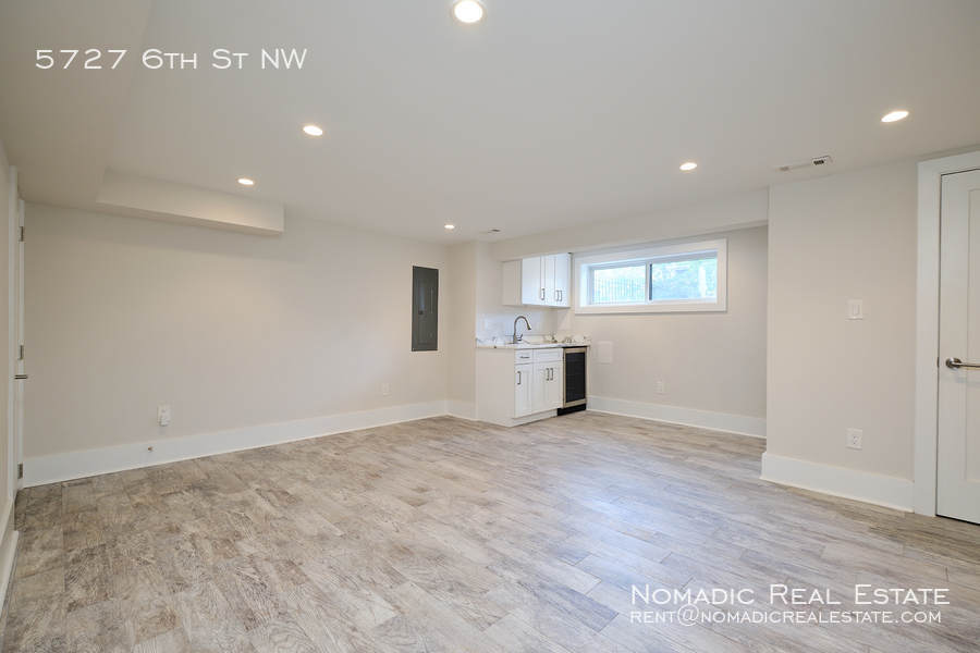 5727 6th st nw 20 10 20 17548