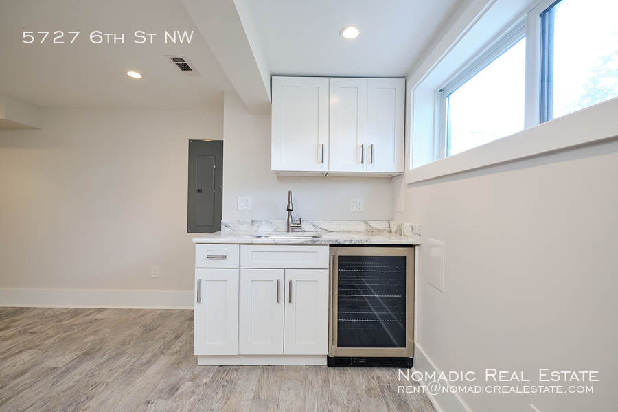 5727 6th st nw 20 10 20 17552