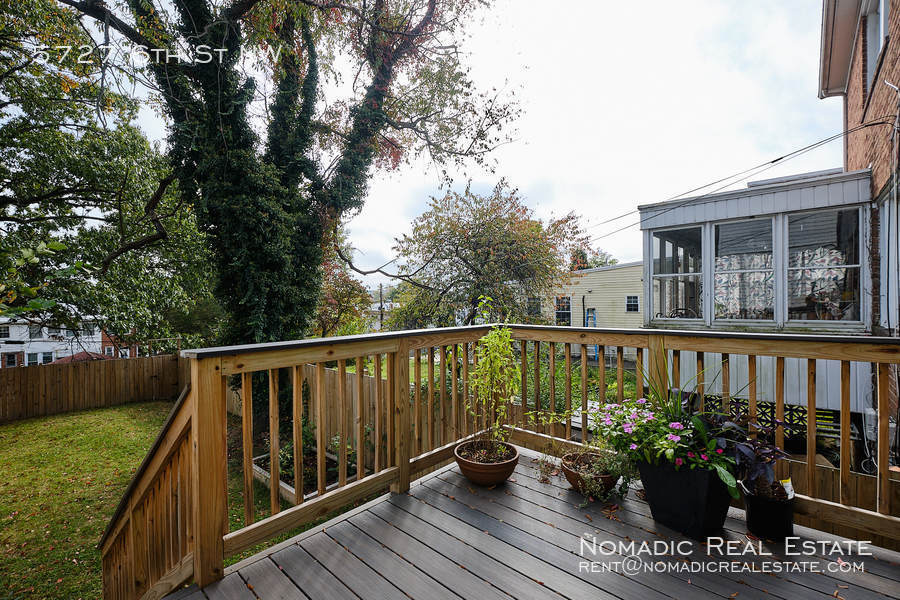 5727 6th st nw 20 10 20 17562