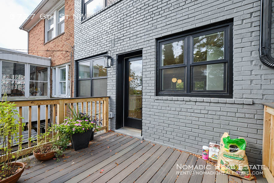 5727 6th st nw 20 10 20 17563