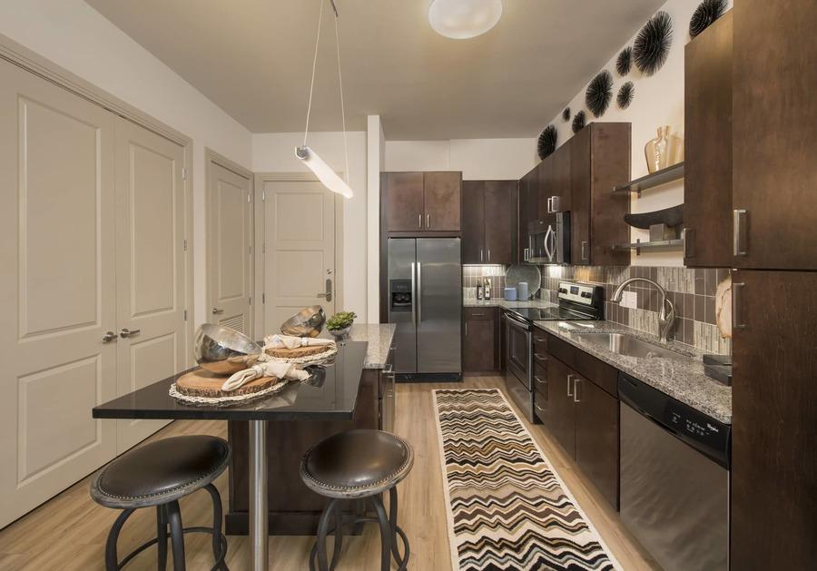 Apartmentriver fiori unit336 a1b 2017 kitchen bg