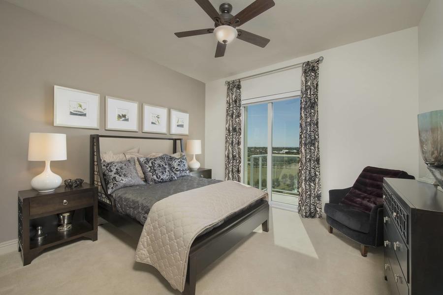 Apartmentriver fiori unit1056 b2g 2017 bedroom bg