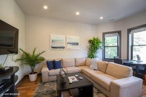 1 1105wgeorge3 1 livingroom lowres