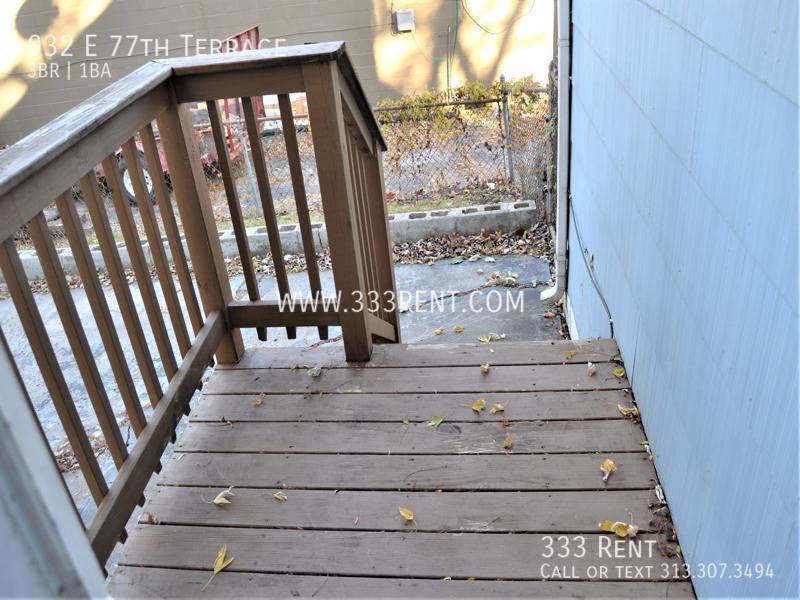 8back porch stoop