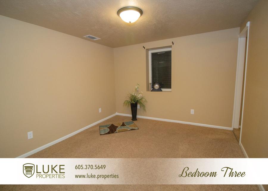 Luke properties 708 n blauvelt ave sioux falls sd 57103 house for rent9