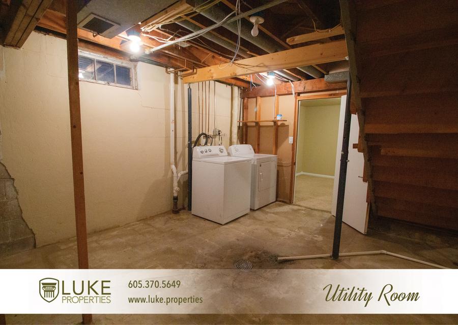 Luke properties 708 n blauvelt ave sioux falls sd 57103 house for rent12