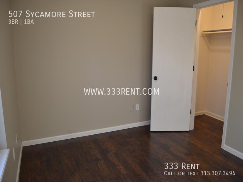 5bedroom 1