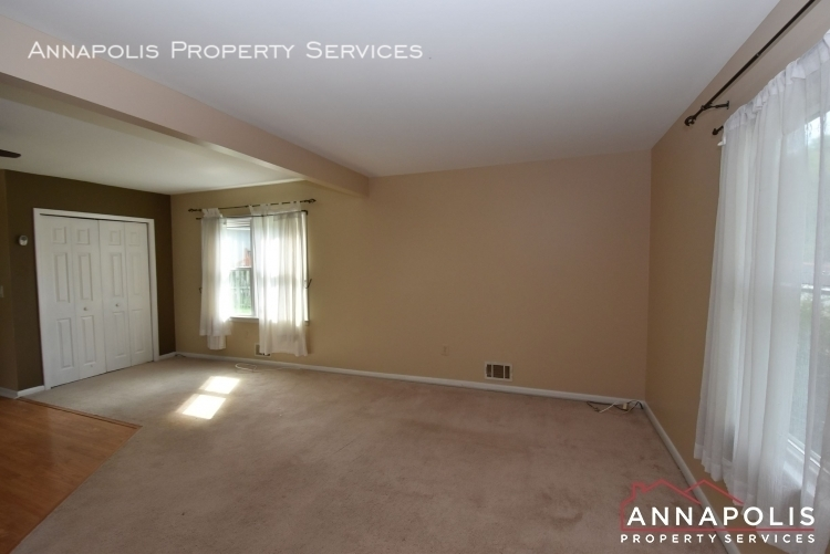 509 westminister road  id612 living room 1an