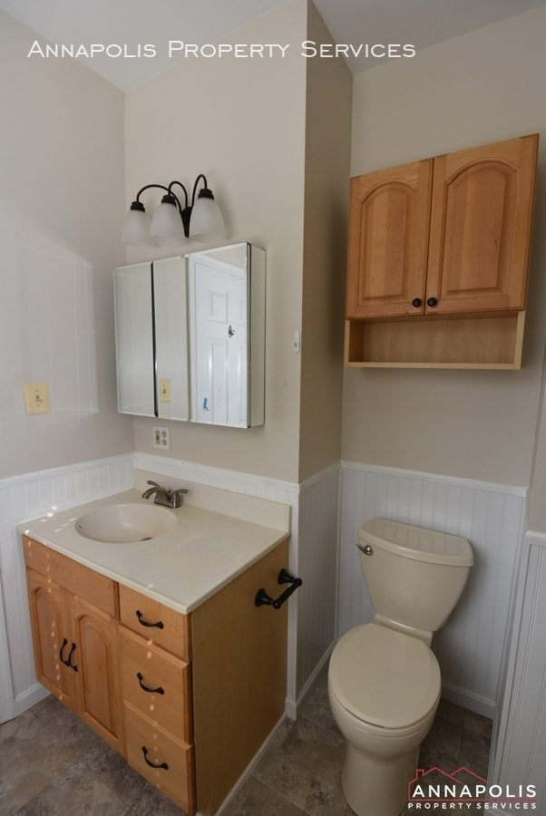 509 westminister road  id612 master bathroom 1bn
