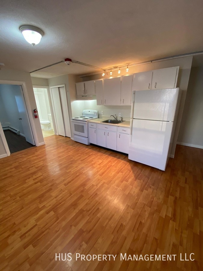 Apartment for Rent in West Warwick