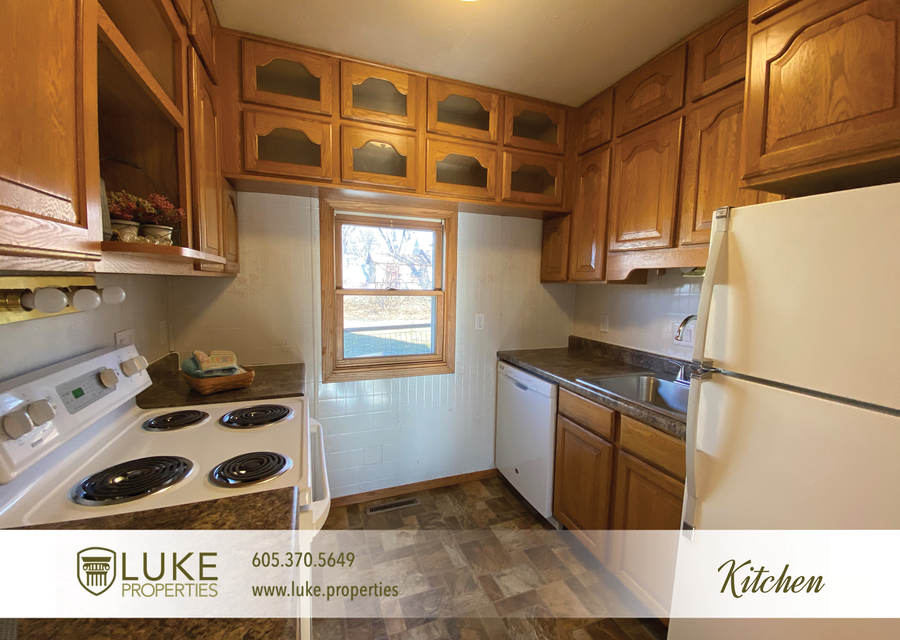Luke properties 205 1 2 n french ave sioux falls sd 57103 house for rent5