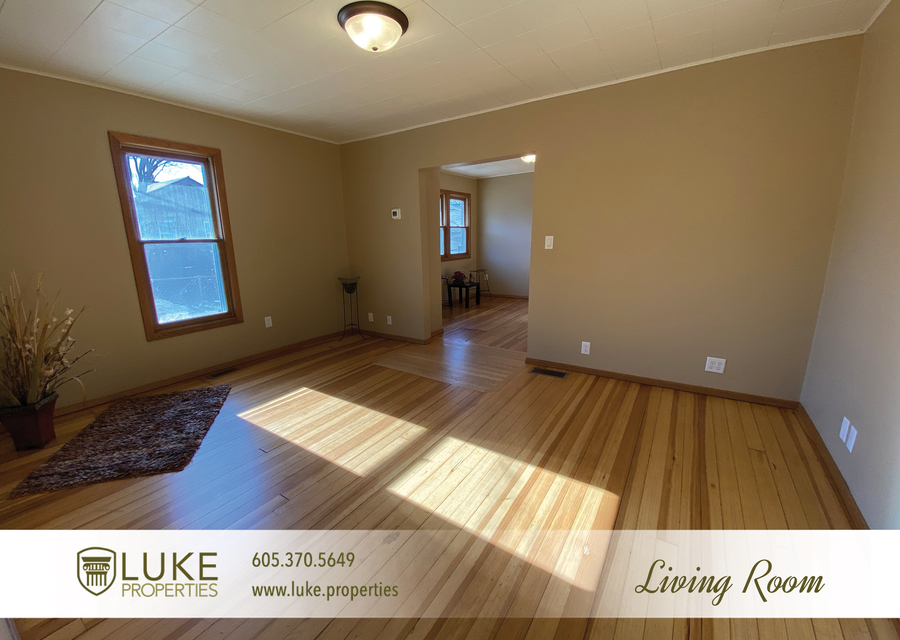Luke properties 205 1 2 n french ave sioux falls sd 57103 house for rent8
