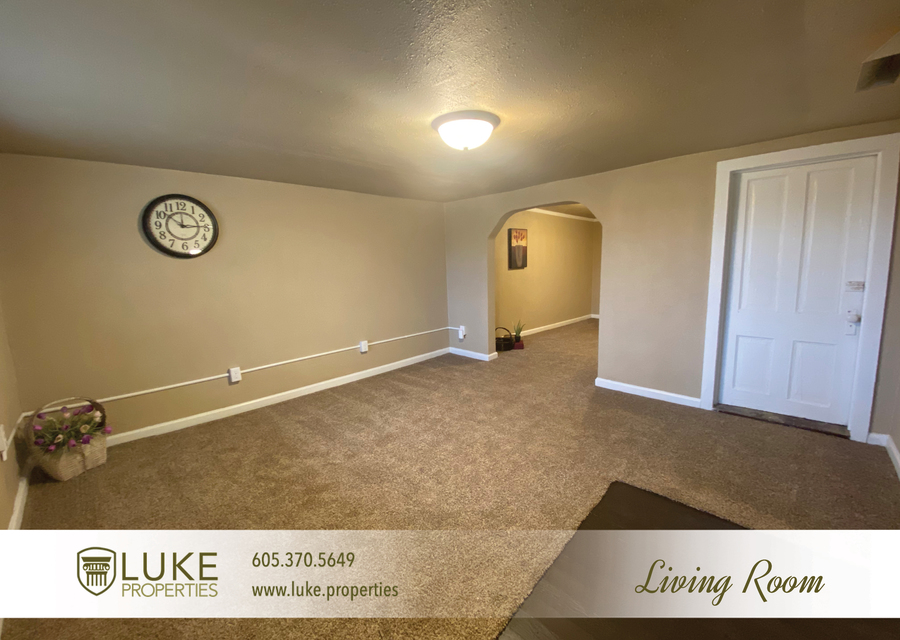 Luke properties 802 1 2 n dakota ave sioux falls sd house for rent 3