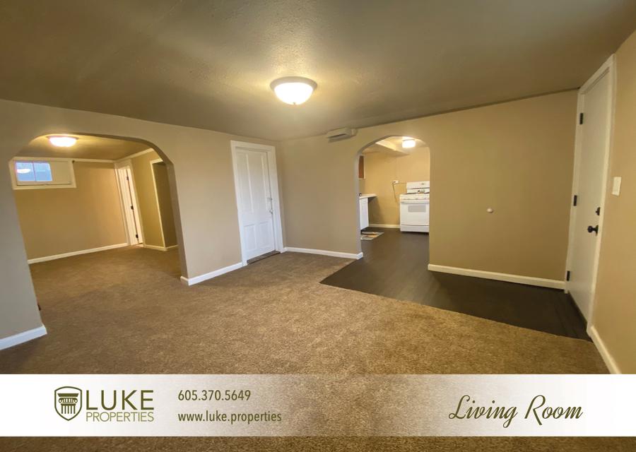 Luke properties 802 1 2 n dakota ave sioux falls sd house for rent 4