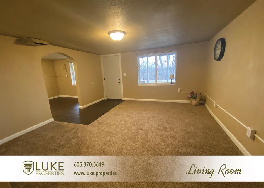 Luke properties 802 1 2 n dakota ave sioux falls sd house for rent 5