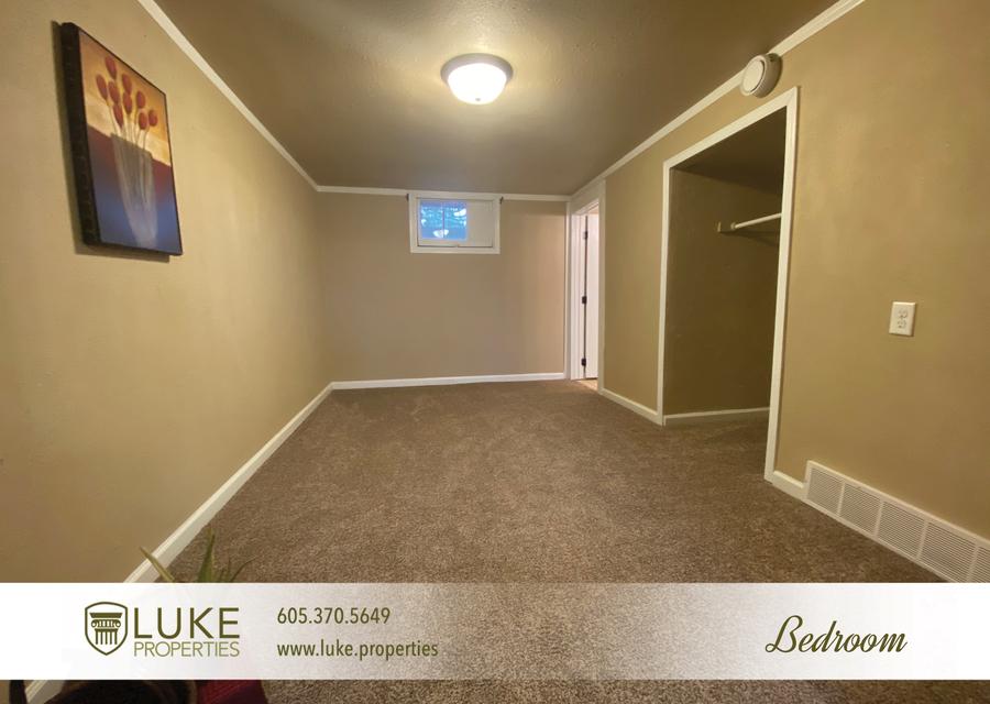 Luke properties 802 1 2 n dakota ave sioux falls sd house for rent 9