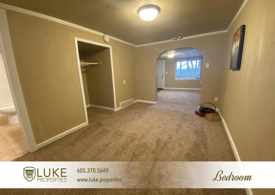 Luke properties 802 1 2 n dakota ave sioux falls sd house for rent 10