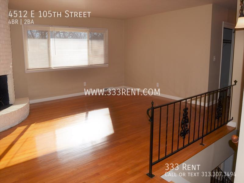 4family room upstairs